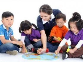 小学英语培训的方向是什么  选择在线英语有帮助吗