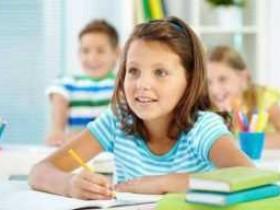 网上在线学习英语哪家好?怎样才可以克服孩子英语自卑?